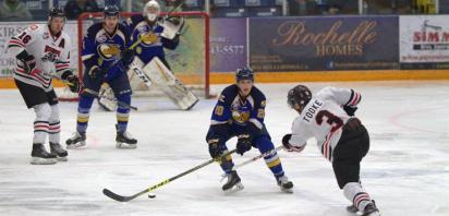 Wolverines hammer MOB 7-1 to take a 2-1 series lead