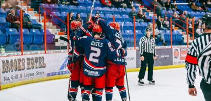 Bandits defeat Grizzlys, win 50th straight regular season home game